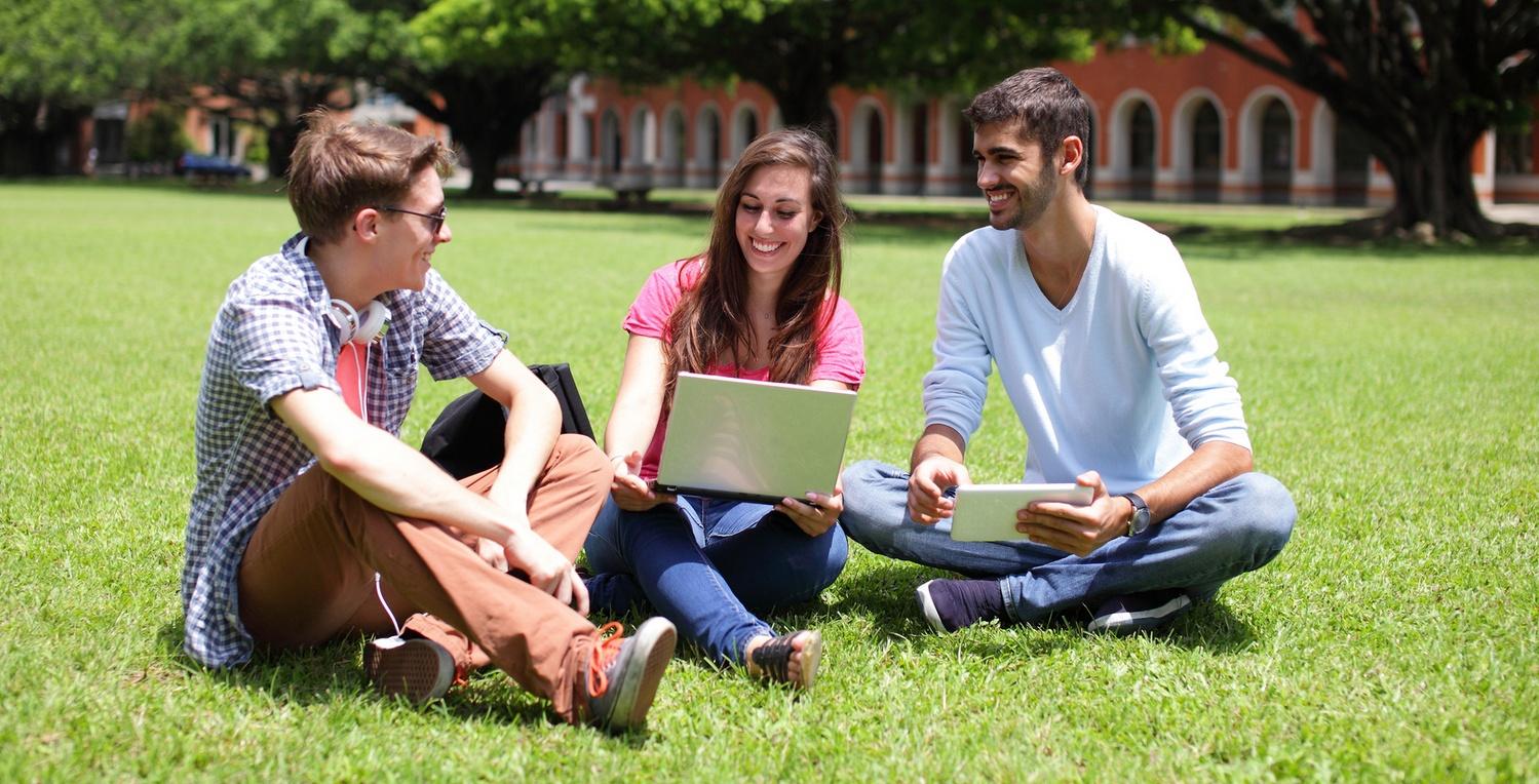 EWST – szkoła dialogu