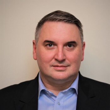 dr Sebastian Smolarz